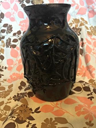 spiderweb-vase